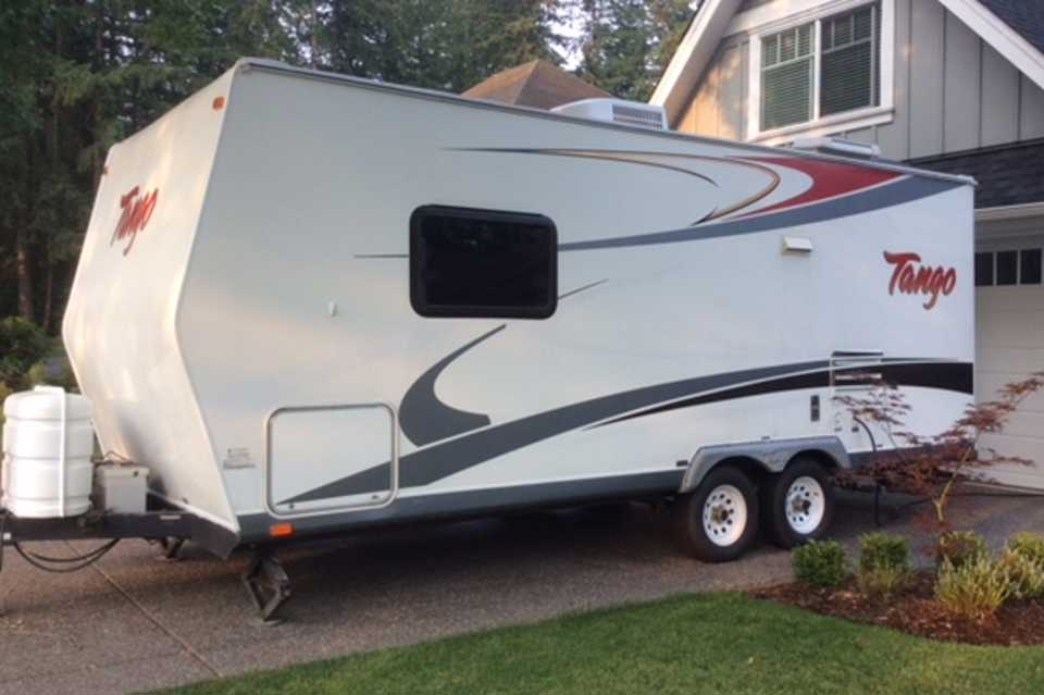 2007 Tango Travel Trailer - Perfect for Families! in Langley, British Columbia