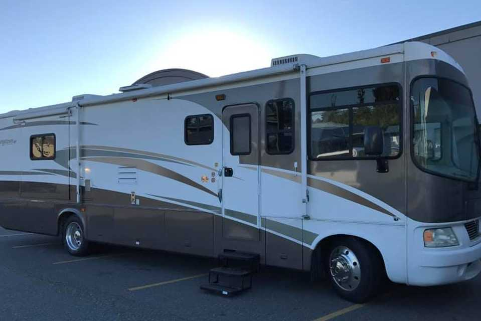 Home on Wheels in Abbotsford, British Columbia