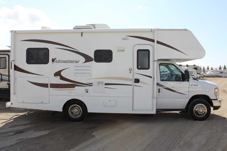 2015 23' Adventurer made for making memories! in Airdrie, Alberta
