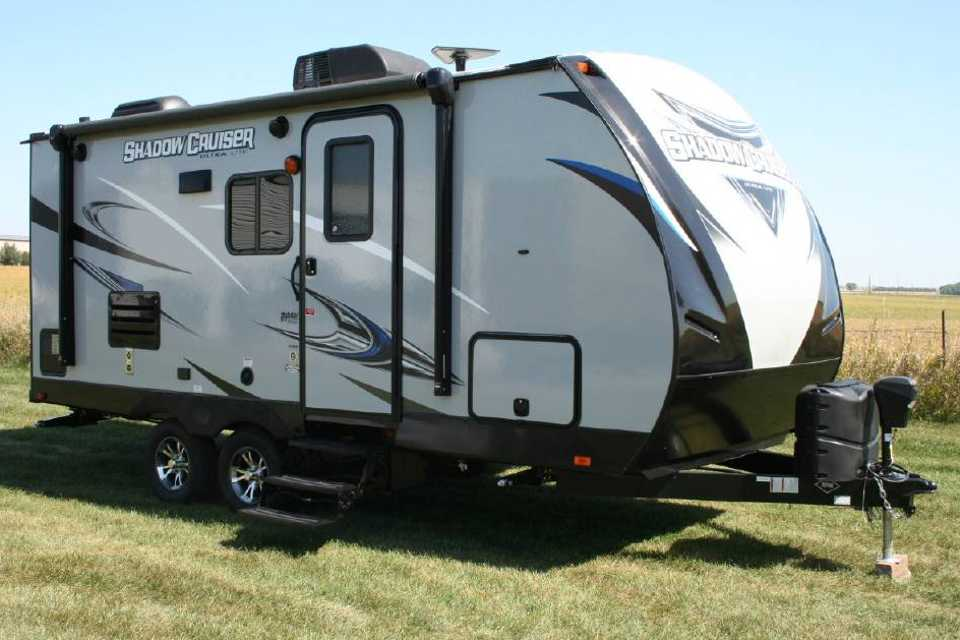 Couple's Travel Trailer in Fort-McMurray, Alberta