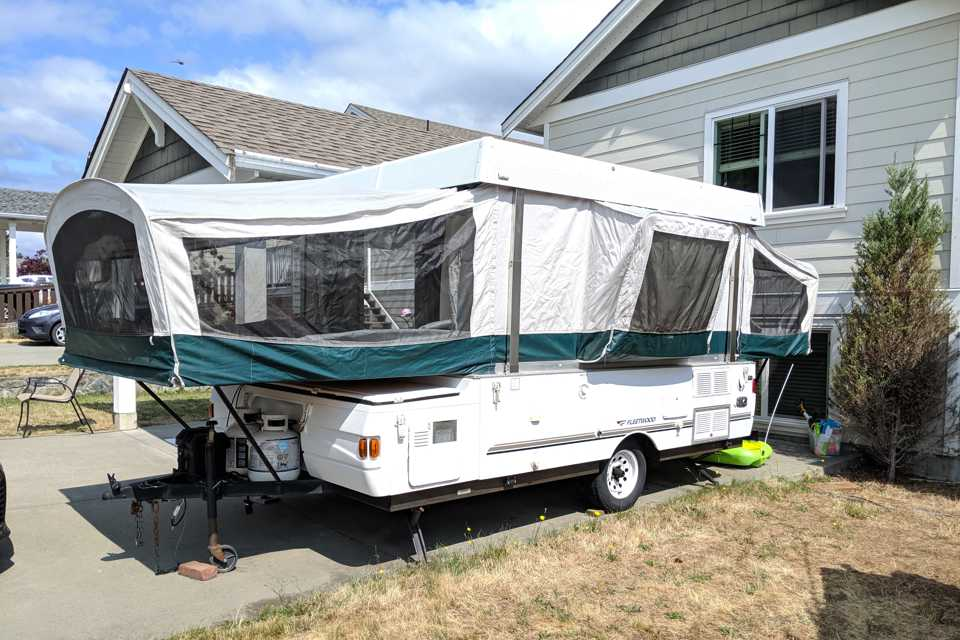 ⛺ Trailer in Victoria, British Columbia