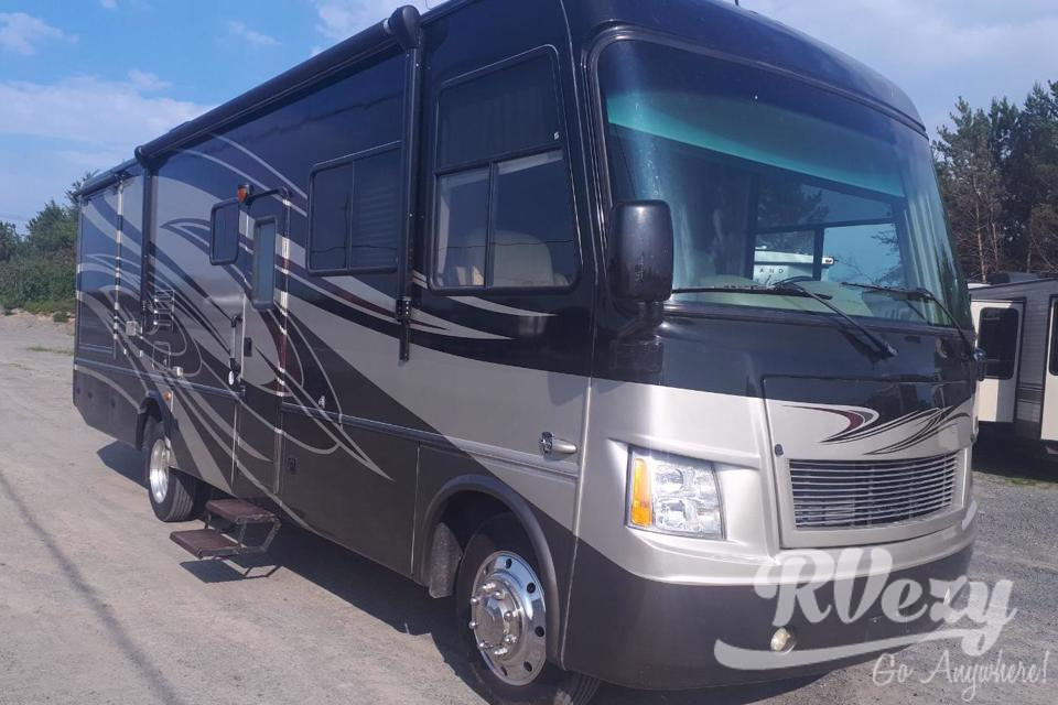 Luxury 32ft Motorhome in Greater-Sudbury, Ontario