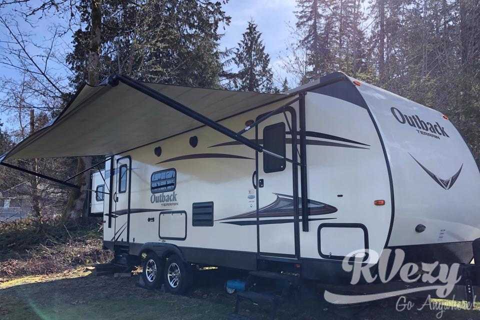 Outback living  in Union-Bay, British Columbia