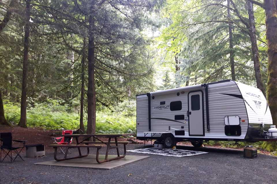 Family friendly trailer with bunk beds! in Chilliwack, British Columbia