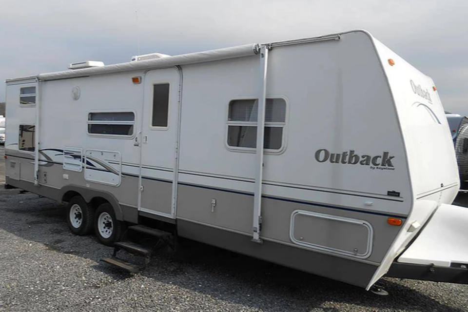 2004 Keystone Liteway Outback  in Oliver, British Columbia