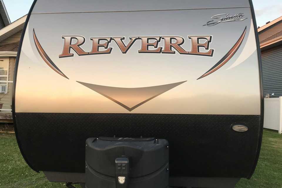 2017 Shasta Revere Travel Trailer in Lacombe, Alberta