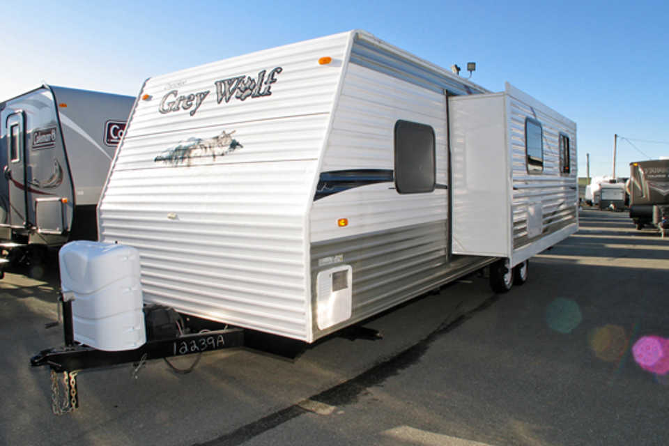 Forest River - Cherokee Grey Wolf 28BH in Oliver, British Columbia