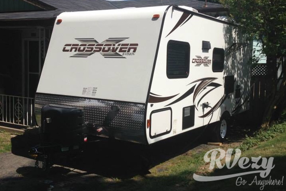 R-Vision Crossover - 189QB in Waterford, Ontario