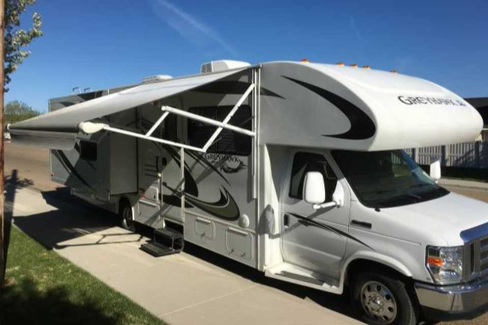 Family travel machine - with Bunkbeds! in Springwater, Ontario