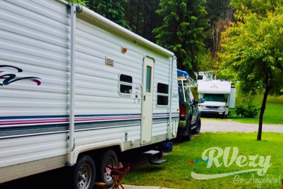 A Beautiful Retreat in the Rockies in Exshaw, Alberta