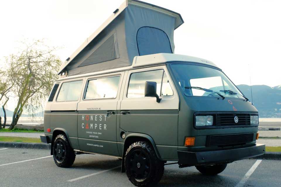 Volkswagen - Vanagon in Coquitlam, British Columbia
