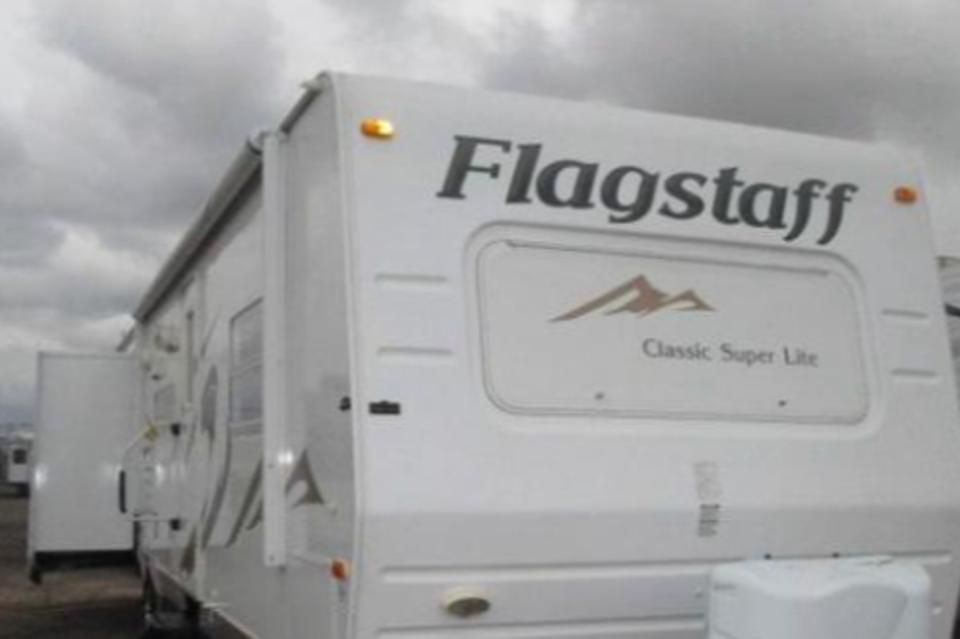 Flagstaff BHS- Bunk House! in Stony-Plain, Alberta
