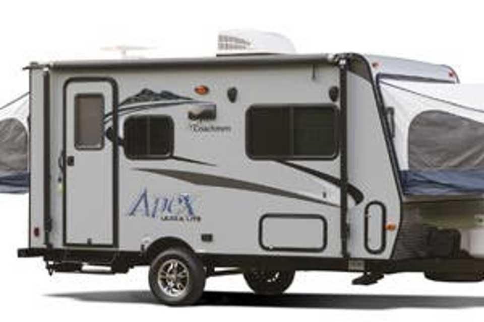 """Coach""-2015 Apex Hybrid in Hamilton, Ontario"