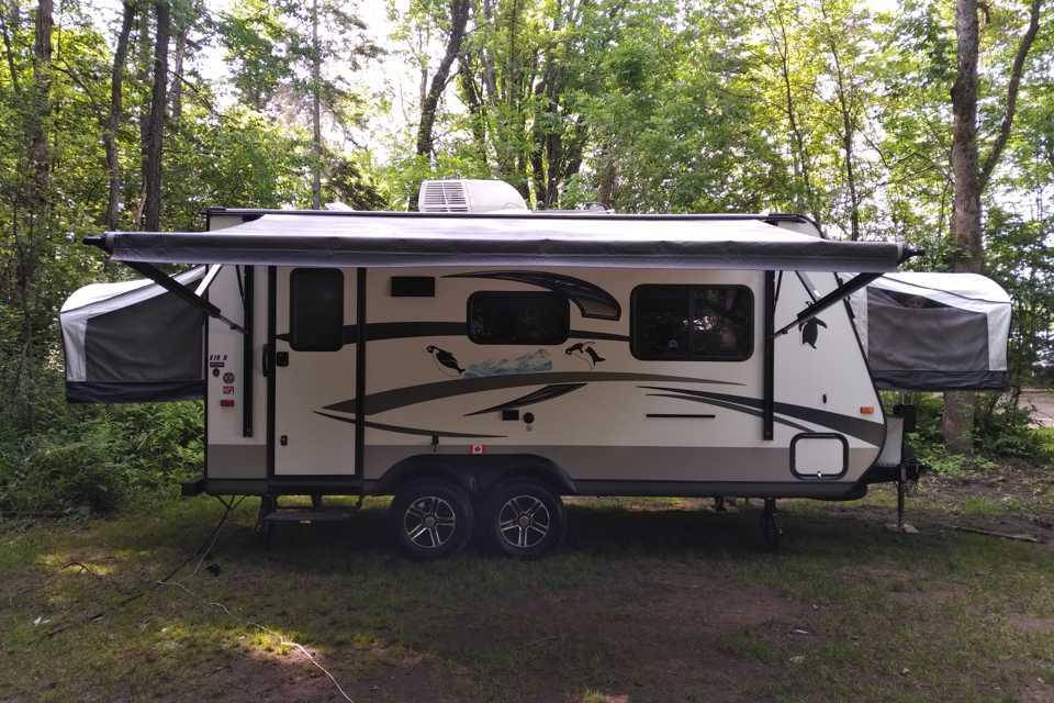 Family friendly hybrid camping in Ottawa, Ontario