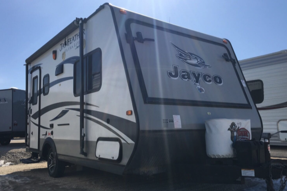 """""""The Lions Den""""2015 Jayco Jay Feather! in Osgoode, Ontario"""