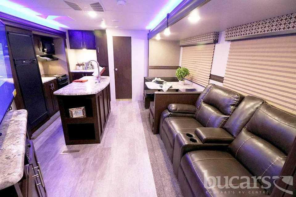 Brand New Luxary RV- Perfect for Kids! in Upper-Tantallon, Nova Scotia