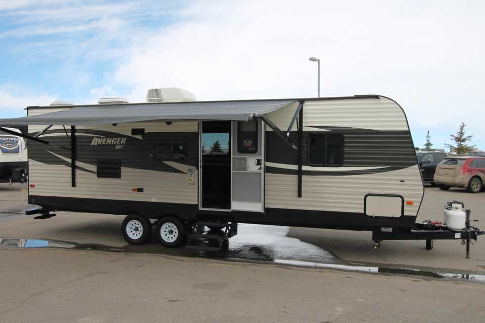 modern trailer w large slide / free delivery banff or canmore in Banff, Alberta