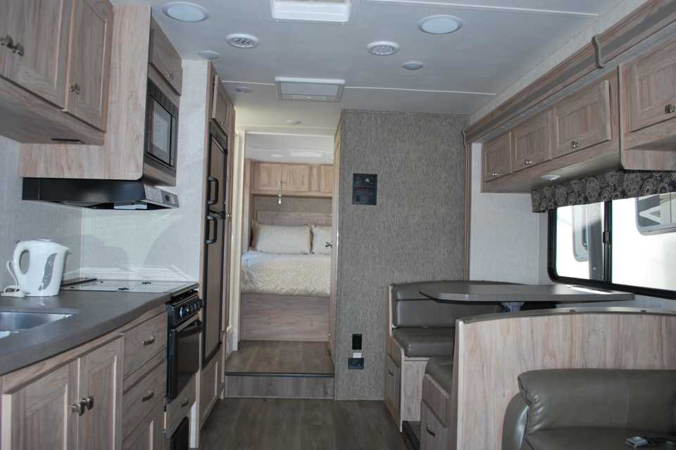 2018 Forest River Sunseeker 31 Rvezy
