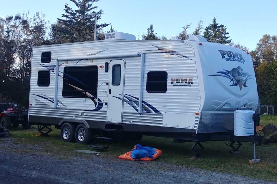 The Adventure Mothership in Lake-Charlotte, Nova Scotia