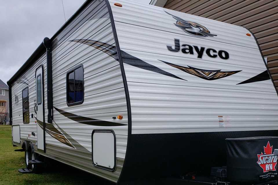 Camp in Comfort in Riverview, New Brunswick