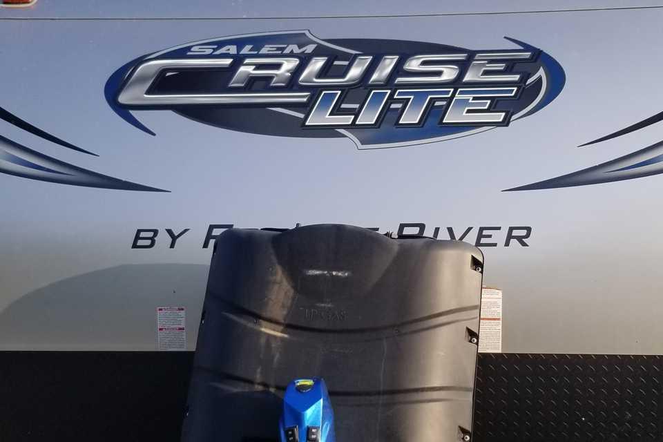 Cruze light trailer in Fort-McMurray, Alberta