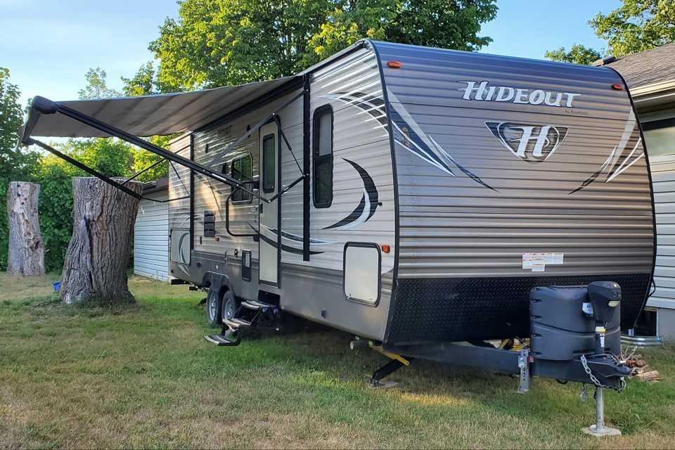 Keystone RV Trailer Rental in Carrying-Place, Ontario