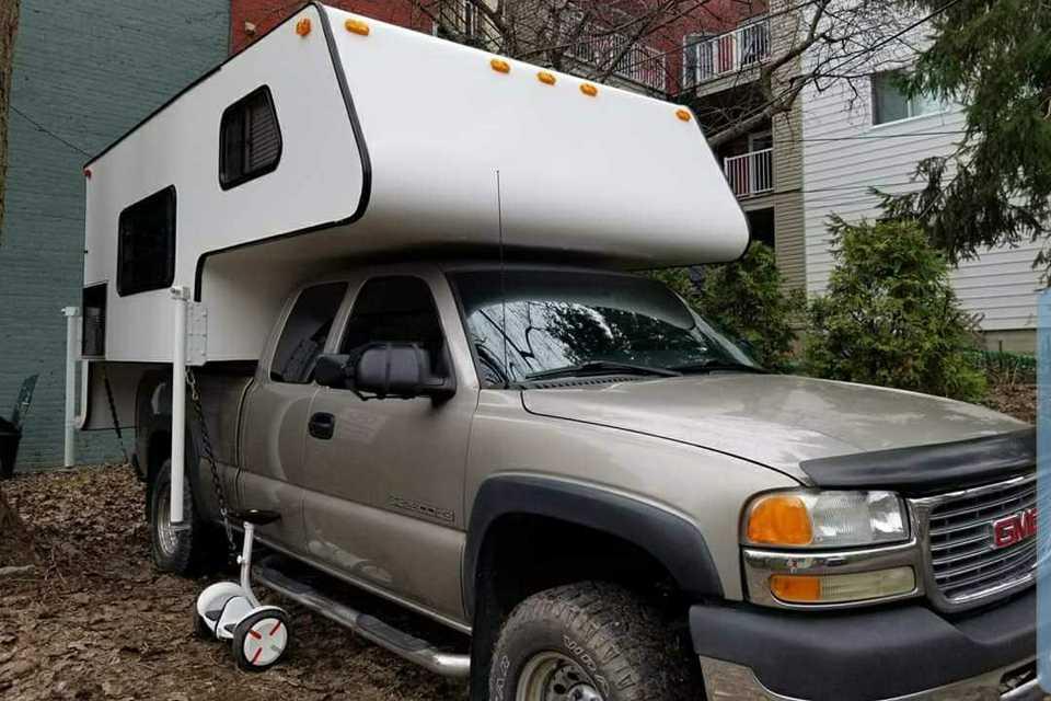 GMC Camper  in Montreal, Quebec
