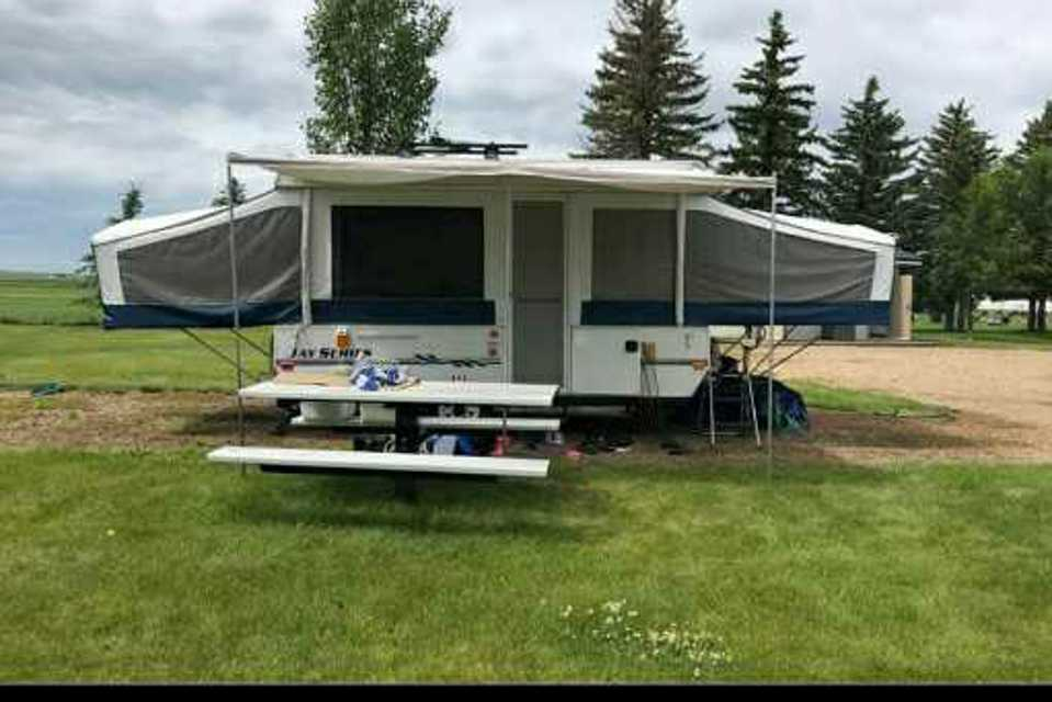 Large family friendly jayco trailer in Airdrie, Alberta